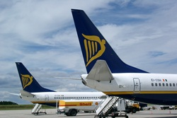 Ryanair Threaten To Cut Canary Island Routes