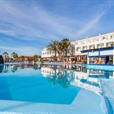 NO VACANCIES EasyJet Tell Canaries - Build More Hotels