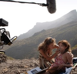 REEL BENEFITS Film Makers Flock To Canaries
