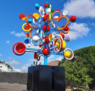 Wind Toy at Arrieta roundabout