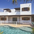 Four bedroom Villa for Sale in Yaiza