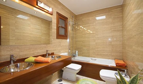Villa Jameos, Playa Blanca, Bathroom