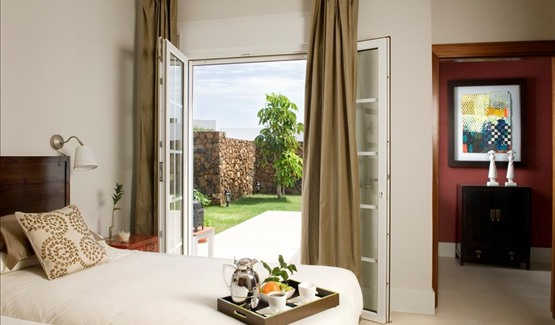 Villa Sunshine, twin bedroom