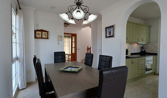 Villa Coco, dining room